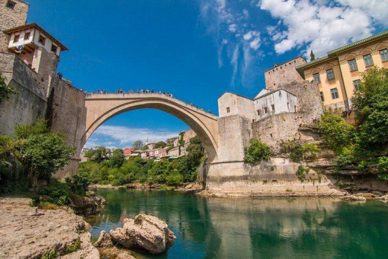 Walking tour – Mostar